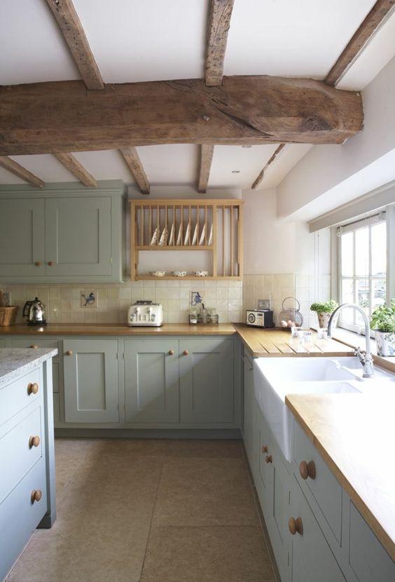 poutre en bois massif pour la cuisine moderne: