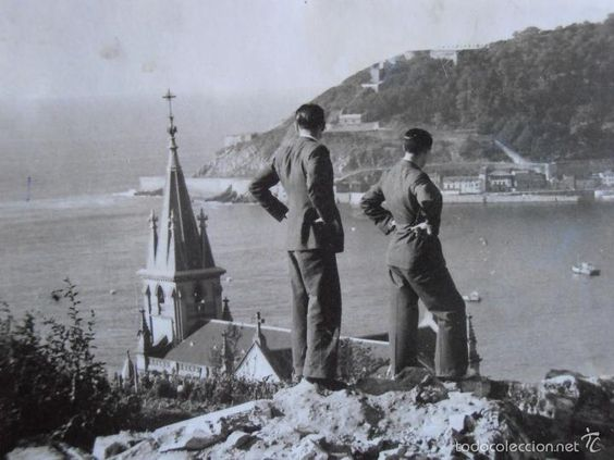 Fotografía antigua: FOTOGRAFIA 16X12 CM,GUERRA CIVIL ESPAÑOLA,ATAQUE REBELDE SOBRE SAN SEBASTIAN,4/1/1937,VER REVERSO - Foto 2 - 58079214