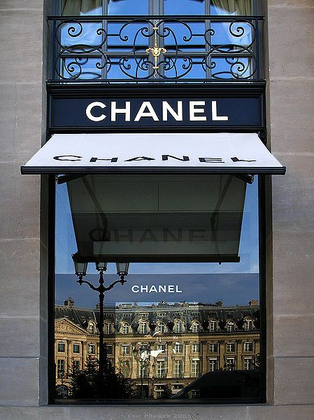 Chanel! Plus a beautiful reflection in the window