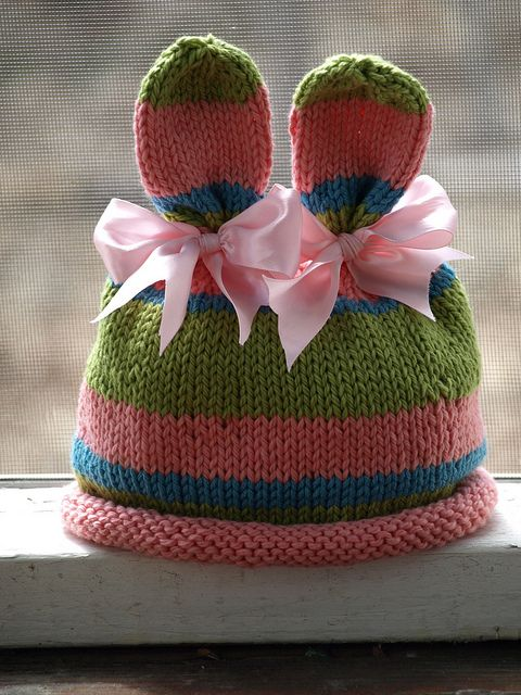 Knitting Pattern Rabbit Ears : Bunny ears itty bitty hats love the color combo a
