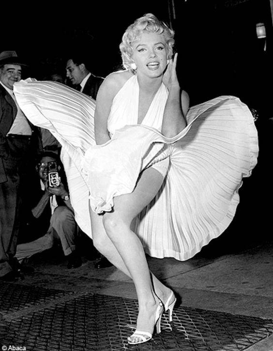 """La fameuse robe blanche de Marilyn Monroe dans """"7 ans de réflexion"""""""