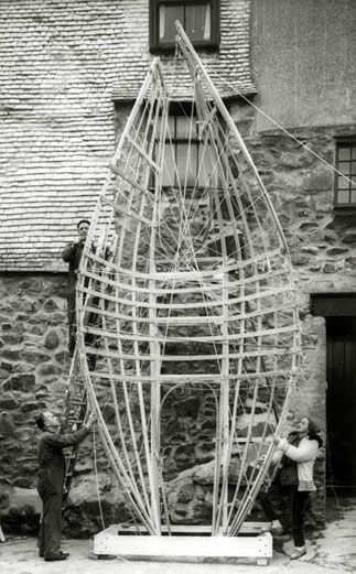 Barbara Hepworth and two assistants working on Winged Figure, 1961-2