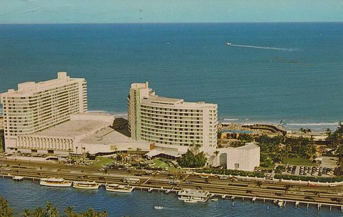 The Fontainebleau Miami Beach Florida With Images