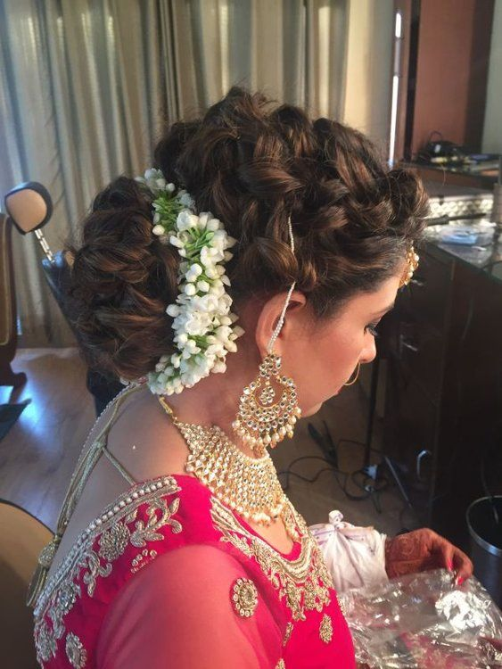 Top 2018 Indian Bridal Hairstyles For Your Wedding Day Indian Bridal Hairstyles Indian Hairstyles New Bridal Hairstyle