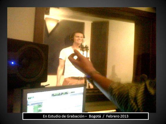 """ALEJANDRO PRECIADO - Grabando Maquetas. FEBRERO 2013 - en  """"Estudios DB-LATIN"""". El Proyecto Musical empieza a tomar forma."""