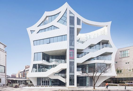 Architectural design flower : a multifunctional complex, designed in the style of pop art