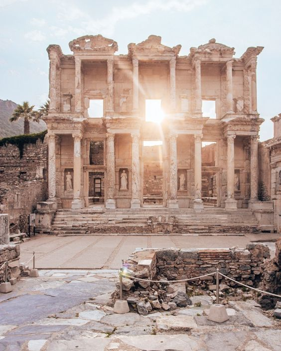 The Library of Celsus is the highlight of the ruins in Ephesus. Click for a full one day itinerary with everything you need to know about visiting the ancient ruins of Ephesus in Turkey here. #turkeytravel #ephesus #ephesians #ephesusturkey #turkeytraveldestinations Instagrammable places Turkey | Turkey photography | Turkey travel itinerary | Turkey itinerary | Turkey travel | Travel destinations Turkey | Ephesus Travel | Ephesus ruins | Ephesus travel photography