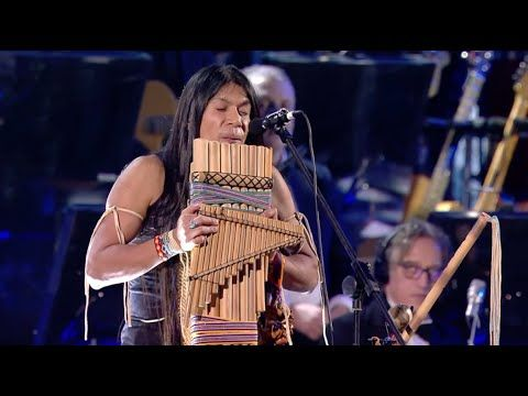 Leo Rojas Live With Orchestra At Concerto Di Natale 2019 Official El Condor Pasa Youtube Native American Indian Music Leo Vinyl Music
