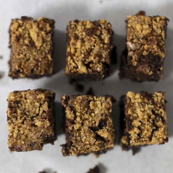 Brownie delícia de Paçoca! Ideia super original pra levar nas Festas Juninas! <3