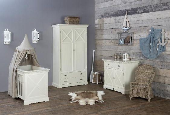 Babykamer highland is een ambachtelijke met de hand gemaakte babykamer speciaal voor de - Gordijn voor baby kamer ...