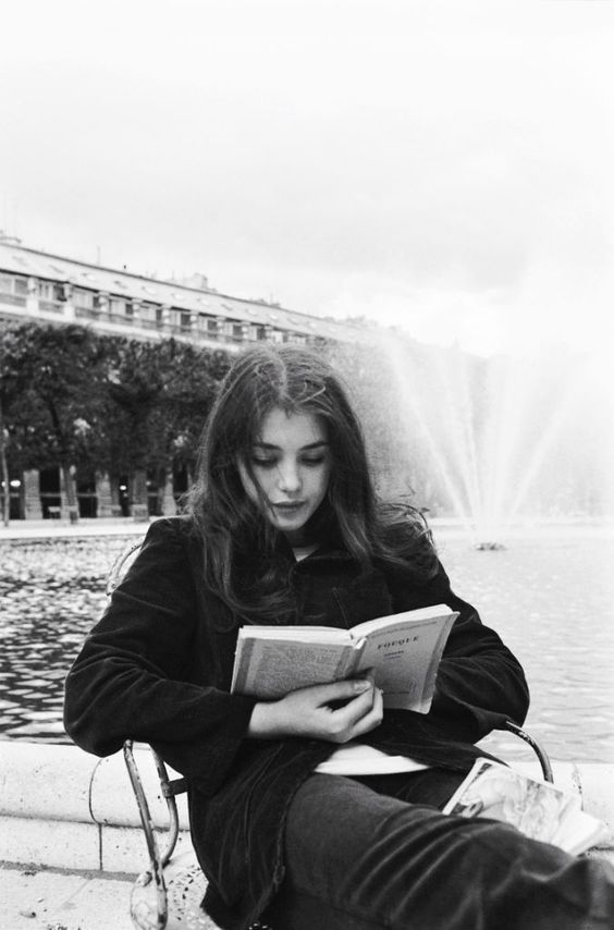 Black and white photography // The Happiest of Sad Songs // girl, reading, book, b&w, photography, film, inspiration
