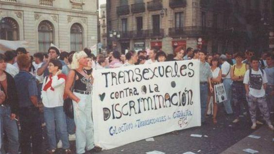 Protesta en plaza Sant Jaume de Barcelona del Col·lectiu Transexuals de Catalunya