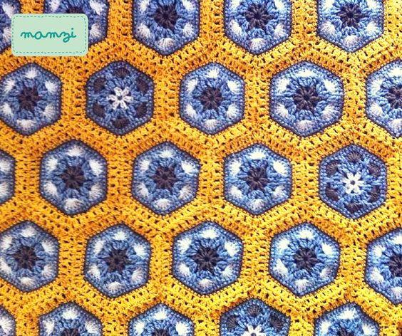 crochet pillow african flower https://www.etsy.com/your/shops/MamziGrannyChic