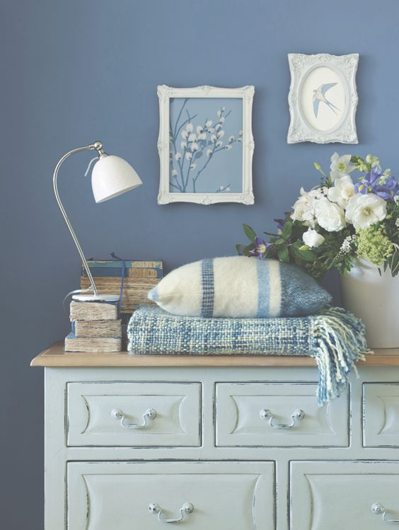 DOWNSTAIRS TOILET Laura Ashley Spring/Summer 2015: Casual Country | From: http://roomdecorideas.eu/
