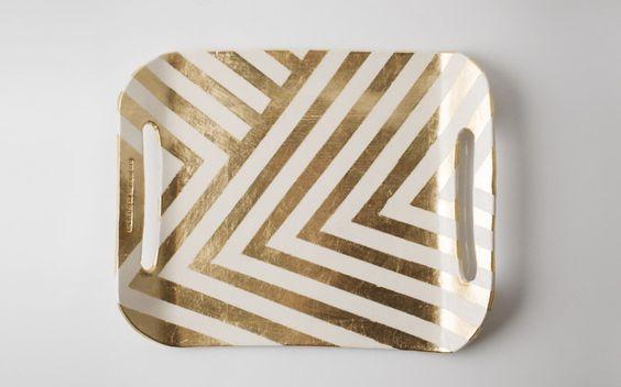 unorthadox chevron.: Painted Tray, Coffee Table, Chevron Pattern, Diy Project, Serving Trays, Zag Tray, Gold Chevron