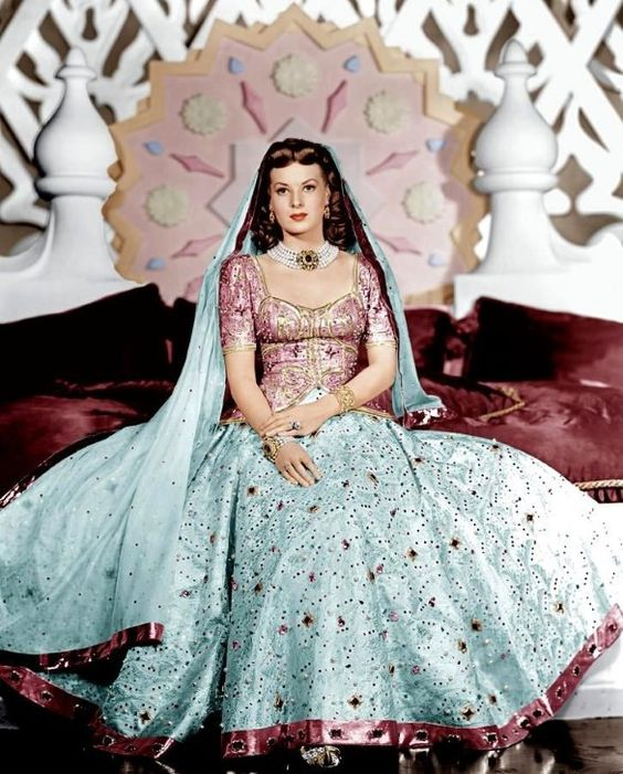 maureen o'hara' sinbad the sailor' pink and blue dress (R)