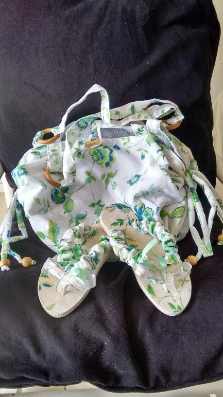 Bolsa toalha de praia e chinelo customizado.: