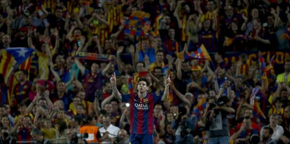 El Camp Nou, rendido a Messi en la final de la Copa del Rey 2015