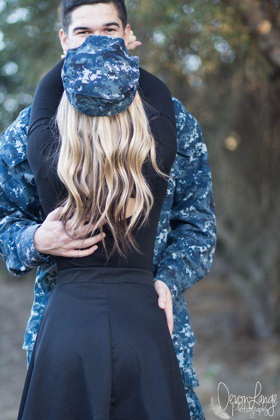 Military couple | Military couple poses | Navy - Devon Lange Photography