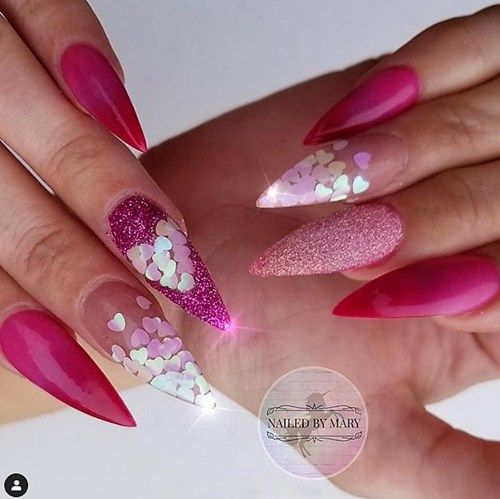 Valentines Day Nail Designs To Fall In Love With Moosie Blue Nail Designs Valentines Valentine S Day Nail Designs Valentine S Day Nails