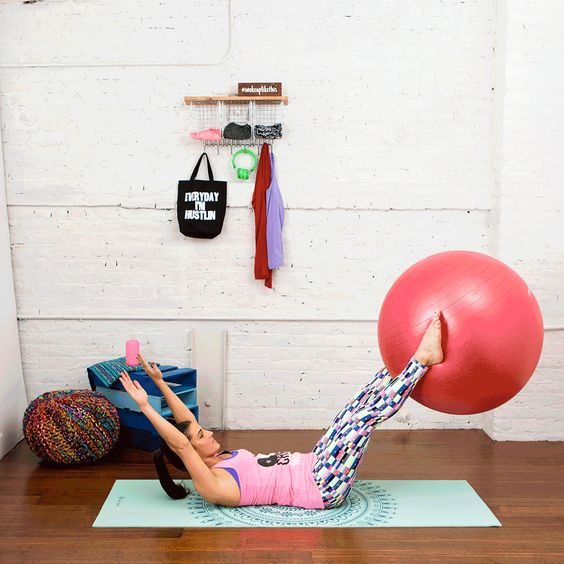 Hate Crunches but Want Abs? Try These 10 Moves! via Brit + Co