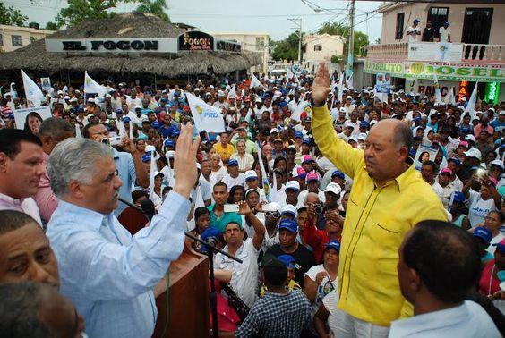 PRD juramenta Daniel Ozuna candidato alcalde Boca Chica