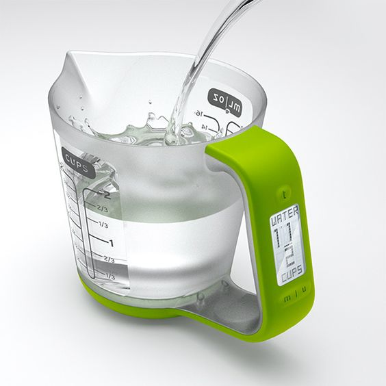 Digital measuring cup with scale.