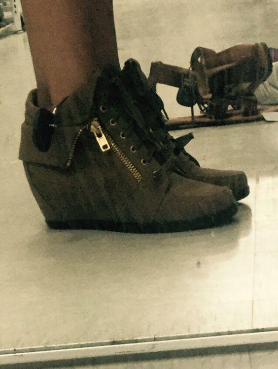 High heel zipper ankle boots