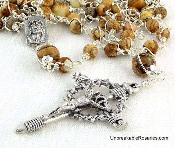 Holy Face of Jesus Wire Wrapped Rosary Beads Come Visit UnbreakableRosaries.com