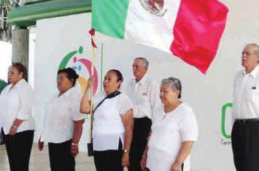 Organizan festejos patrios a través del Programa de Atención al Adulto Mayor