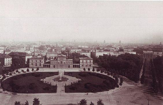 1880 So sah der Koenigsplatz (Platz der Republik) vorher aus (ebenfalls von der Siegessaeule aus fotografiert)