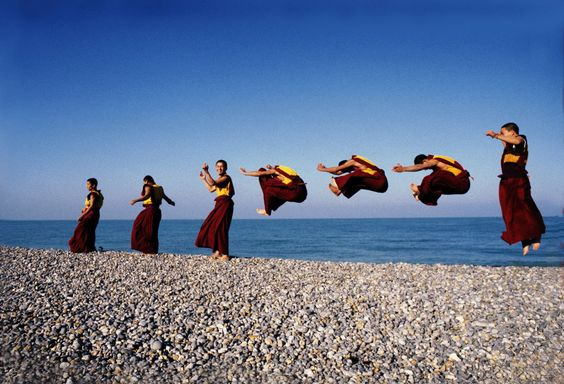 The first time these Tibetan monks ever saw an ocean!