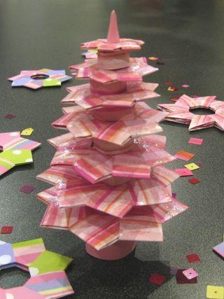 Arbres de no l cr atif and arbres on pinterest - Origami weihnachtsdeko ...