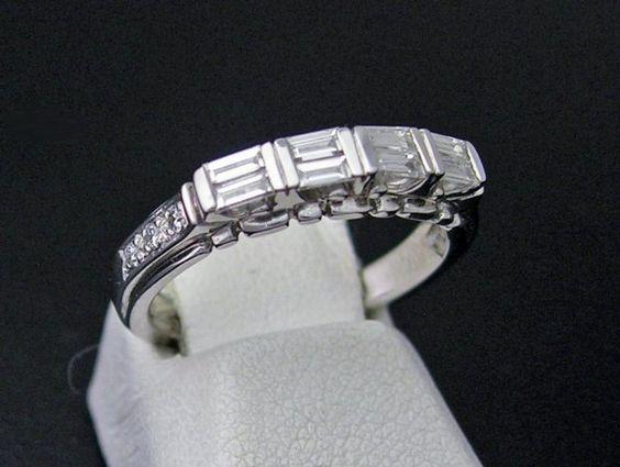 14k White Gold / Diamond Band Ring