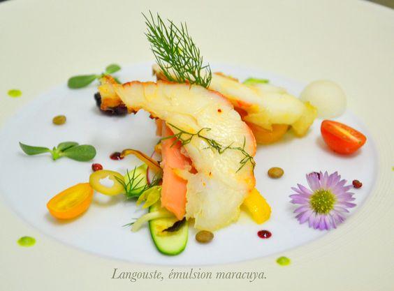 Langouste, saumon, émulsion maracuya et ginfembre