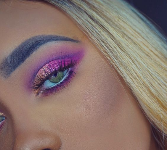 Flirty pink and gold glitter ✨IG: chellemechelle