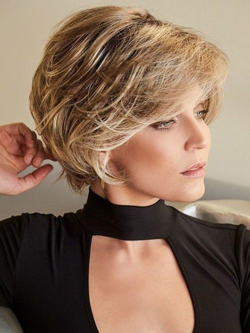 Classy Short Hairstyle For Thick Hair Elegant Short Haircuts For Thick Hair Haircut For Thick Hair Thick Hair Styles Short Hair Styles