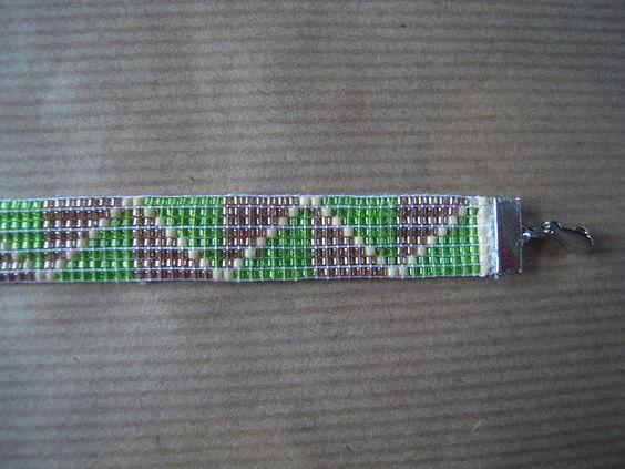 Bracelet de perles tissées Miyuki - 8 perles - Largeur 1 cm - 3 couleurs : vert, brun, beige - Fermeture pression doré