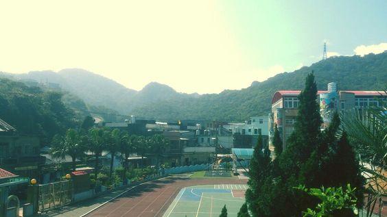 山繞的小學