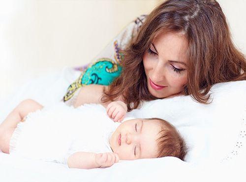 كيف يمكن أن أنظم وقتي مع طفلي الرضيع Baby Sleep Monitor Baby Monitors Baby Sleep