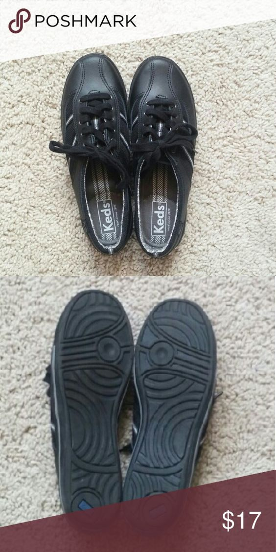 Brand new leather Keds 6.5 Never worn. Leather uppers. They're Keds, not much needs to be said. Keds Shoes Athletic Shoes