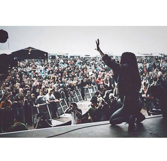 Chrissy show instagran