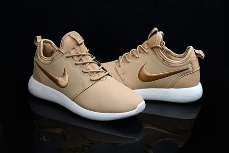 Nike Roshe Two Leather PRM Gold Shoes