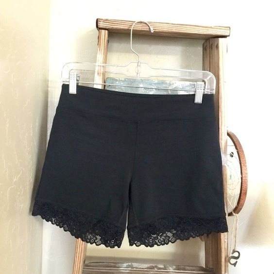 Abercrombie & Fitch | lace-trimmed bike shorts Black stretchy bike shorts. Cotton/polyester/elastane. Great quality. Only worn once. Excellent condition. Abercrombie & Fitch Shorts