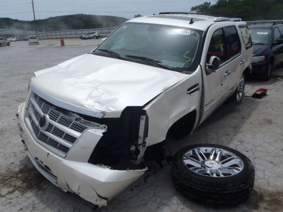 salvage 2009 cadillac escalade platinum this is a salvage repairable vehicles with all over. Black Bedroom Furniture Sets. Home Design Ideas