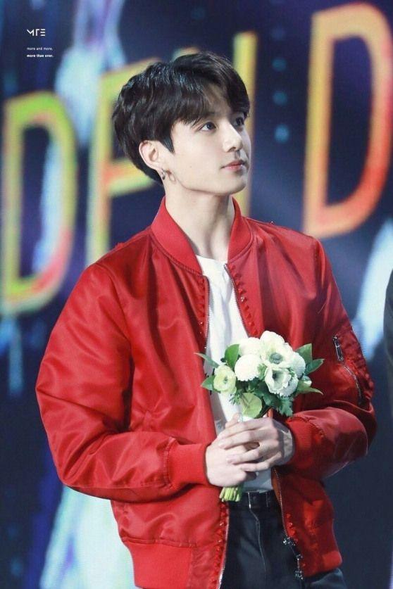 Jeon Jungkook? #jeonjungkook #jungkook #bts #bangtansonyeondan #bulletproofboys #beyondthescene #weddingflowers #wedding #flowers #red