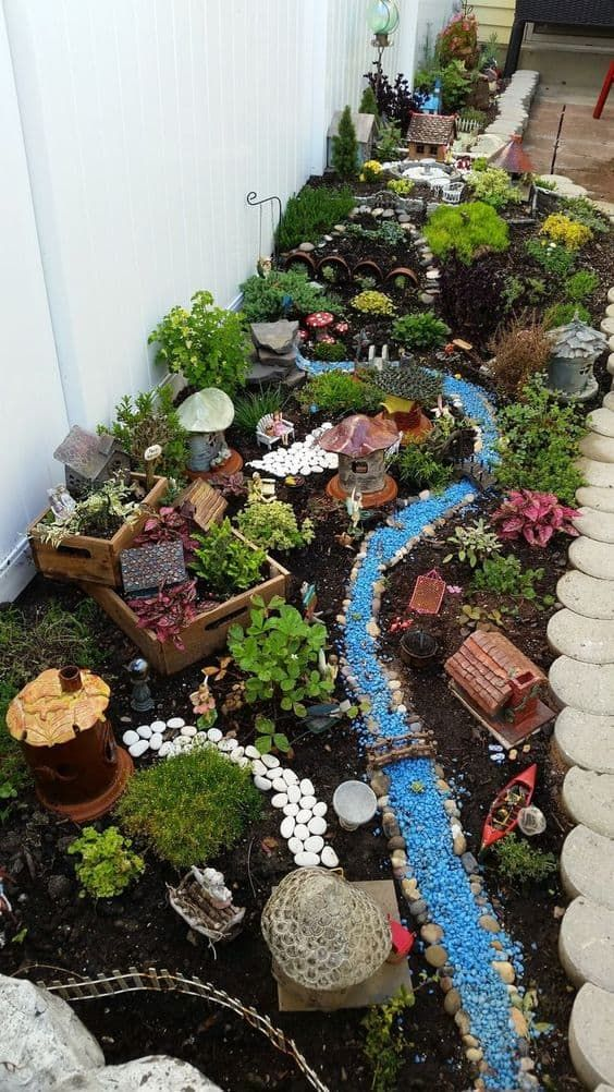 Dry River Bed Landscaping Ideas To Try In 2020 A Nest With A Yard Fairy Garden Plants Fairy Garden Diy Miniature Fairy Gardens