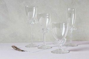 Bibi Smit - #glasblazer: #wijnglazen met decoratieve poot