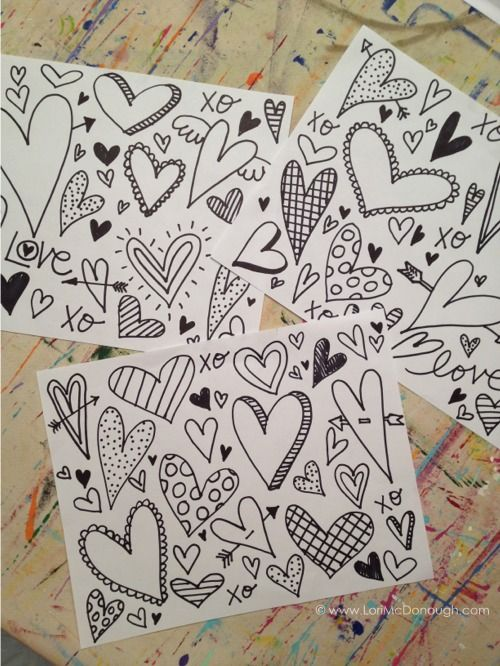 How to make Valentine's Day door decor with a free printable #print #valentine