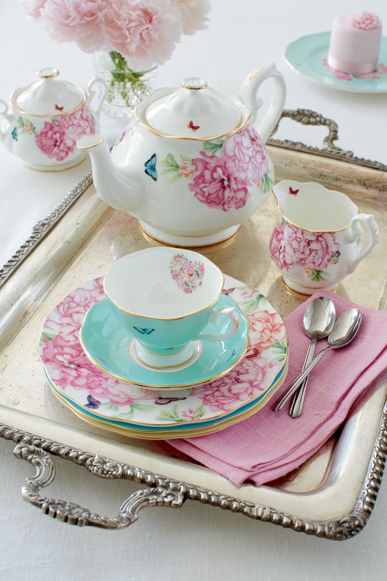 My perfect teaset! Schattig, zoet! #teatime #pretty